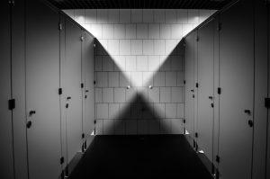 בעל עסק- אילו שירותים ומקלחות אתה צריך כדי לשמור על הבריאות של העובדים שלך